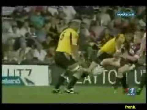 Video: Futbolas - mergom - Regbis - vyram
