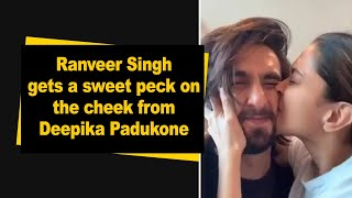 Ranveer Singh gets a peck on the cheek from Deepika Padukone - BOLLYWOODCOUNTRY