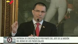 Canciller de Venezuela recibe credenciales de nuevo encargado de negocios de Países Bajos