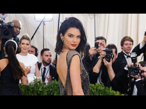 Kendall Jenner arbore une nouvelle coiffure particulièrement clivante en couverture de l'édition du