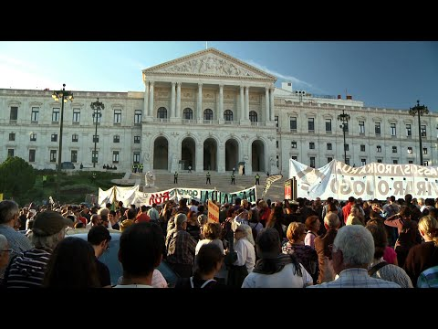 Portugal: Youth Emigration