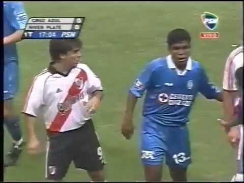 Cuando Cruz Azul goleó a River ante un Azteca repleto en la libertadores 2001