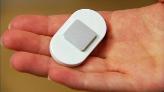 The Lumo Lift is a fashionable posture-tracking wearable gadget