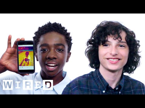 connectYoutube - Stranger Things Cast Show Us the Last Thing on Their Phones | WIRED
