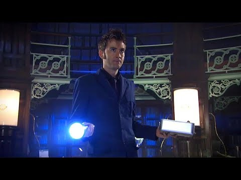 Meet the Vashta Nerada - Silence In The Library -  Doctor Who - BBC