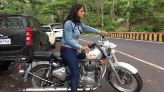 Jersey Actress Shraddha Srinath Riding Royal Enfield Bike At Shooting Locations - RAJSHRITELUGU