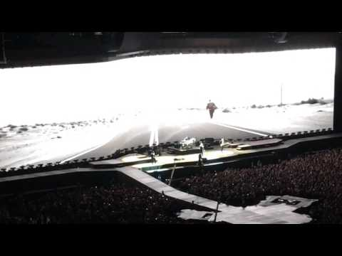 U2 Live in Vancouver Joshua Tree Tour 2017 - Streets have no name