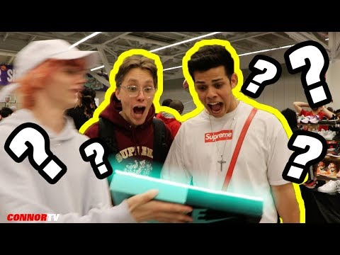 Showing HYPEBEAST a MYSTERY BOX at Sneaker Con ???