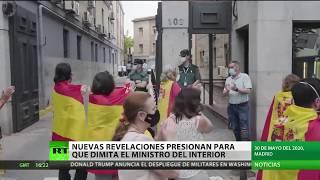 Nuevas revelaciones presionan para que dimita el ministro del Interior de España