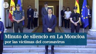 Minuto de silencio en La Moncloa por las víctimas del coronavirus