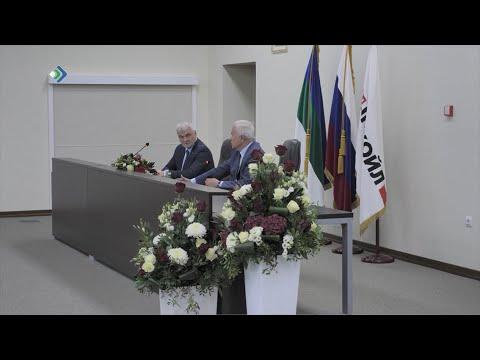 В Ухте состоялась встреча Главы Коми Владимира Уйба и президента ПАО «ЛУКОЙЛ» Вагита Алекперова.