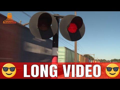 DUTCH RAILROAD CROSSING -