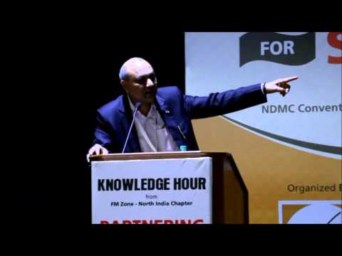 Shri Ramesh Agarwal Presenting Innovations at FM Zone's Conference Meet, New Delhi