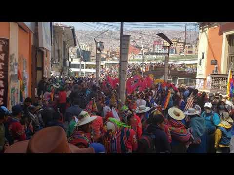 8 de noviembre de 2020, en las gradas de la Perez Velasco el día de la posesion de Luis Arce