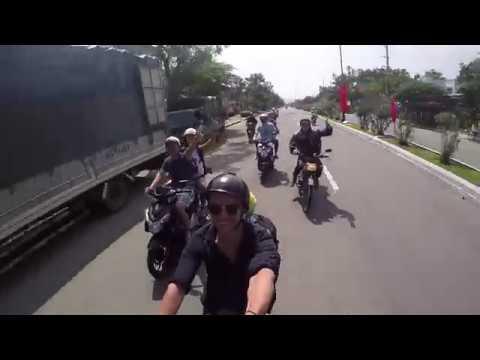 På motorcykel genom Vietnam