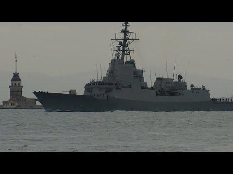 İspanya savaş gemisi 'SPS Cristobal Colon' İstanbul Boğazı'ndan geçti