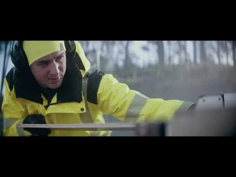 L.Brador - Attention - Stay Safe At Work - Short edit