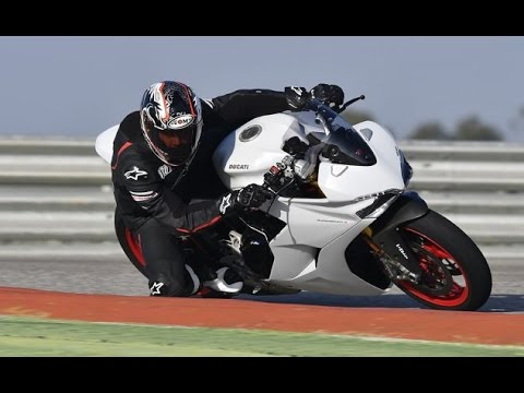 2017 Ducati Supersport Review Video