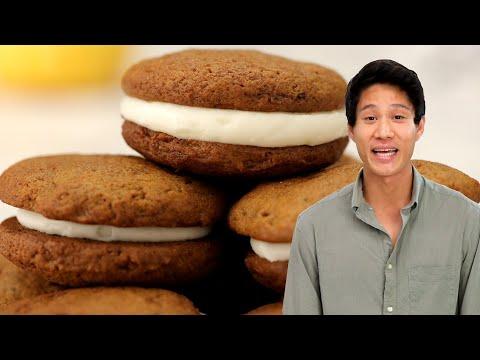 Pumpkin Spice Sandwich Cookies // Presented by LG USA