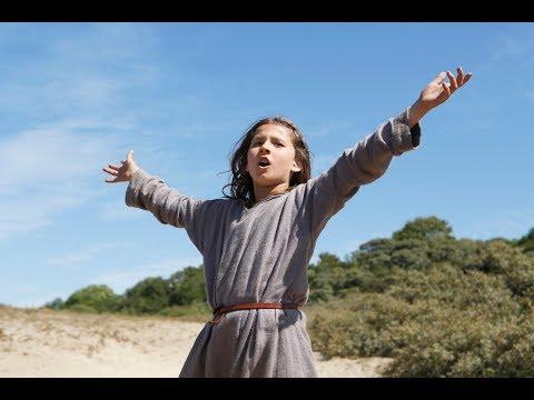 Jeannette, la infancia de Juana de Arco - Trailer subtitulado en español (HD)