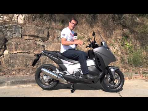 Motosx1000 : Test Honda Integra 750