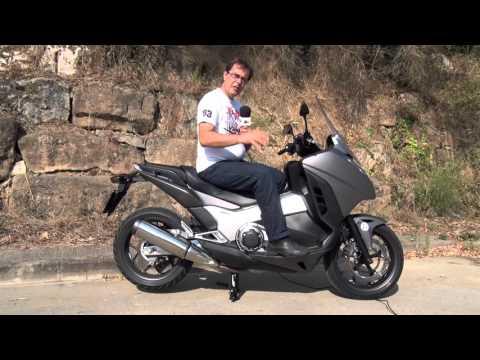 Motosx1000 : Test Honda Integra 750