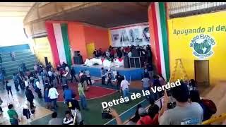#SantaCruz Violencia y enfrentamientos en congreso campesino del MAS en Pailón