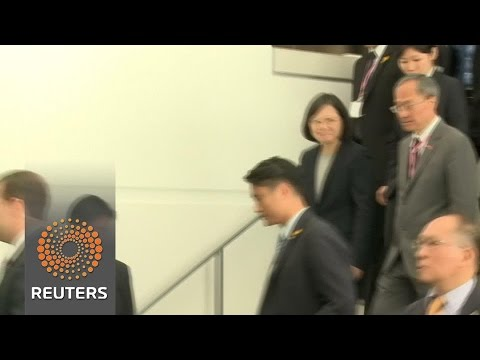 Taiwan president met with protesters, supporters in U.S. stopover
