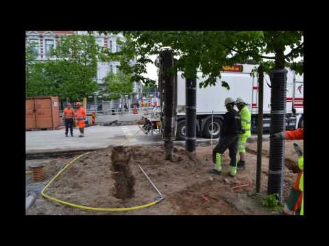 Gladare träd längs Drottninggatan och Järnvägsgatan