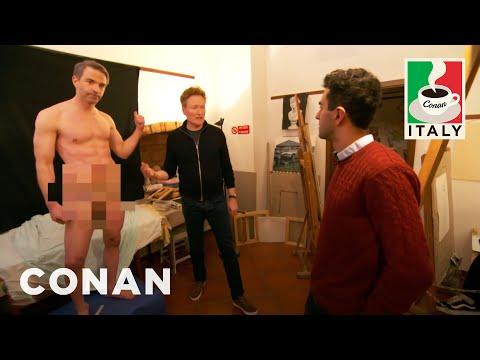 connectYoutube - Jordan Schlansky Poses As A Nude Model  - CONAN on TBS