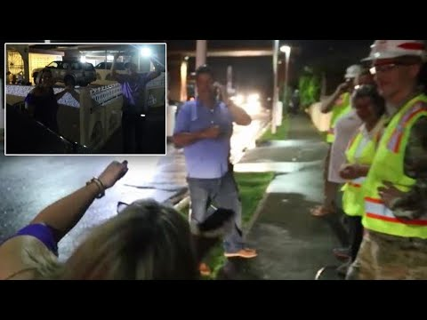 connectYoutube - Man Gets Chills From Power Returning to Puerto Rico Neighborhood