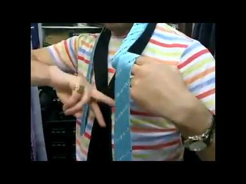 Video: Fastest way to tie a tie - If you do not know how to tie a tie, this video is for you