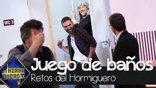 Jon Plazaola y Agustín Jiménez son cómplices en 'el juego de los baños' - El Hormiguero 3.0