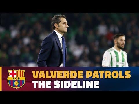 Ernesto Valverde in action during Barça's 0-5 win over Betis