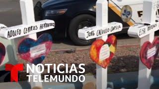 Fabricó 27,000 cruces para honrar a las víctimas de tiroteos. Hoy deja su labor   Noticias Telemundo