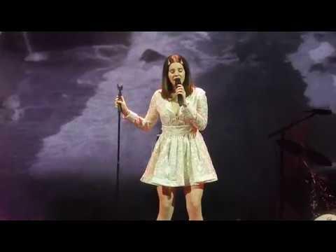 connectYoutube - Lana Del Rey- Cherry (LA to the Moon Tour Minneapolis)