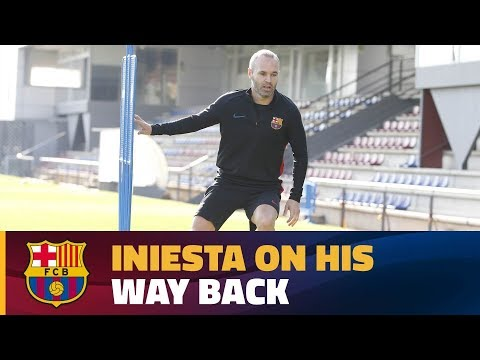 Andrés Iniesta continues his recovery from injury