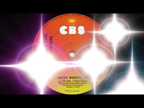 Earth, Wind, & Fire ft. The Emotions - Boogie Wonderland (CBS Records 1979)