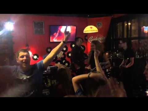 Кавер группа САХАР We Found Love(live) Томск