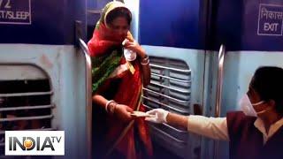 Menstrual Hygiene Day: Indian Railways distribute sanitary pads in 'Shramik' trains - INDIATV