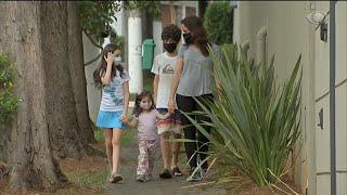 Pandemia: crianças resistem a usar máscara