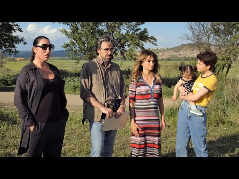 Madres paralelas - Trailer