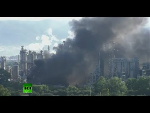 A huge fire is blazing at a petrochemical plant in San Roque, Spain