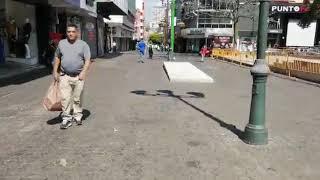 Coronavirus Costa Rica Calles de San José con muy pocas personas y autos debido al covid-19