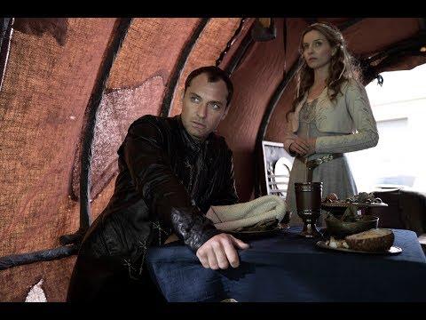 Rey Arturo: La Leyenda de Excalibur - Clip 'Eres una pieza muy importante' - Castellano HD