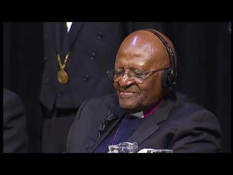 2014 – Lliurament del XXVI Premi Internacional Catalunya a Desmond Tutu