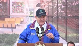 Presidente coloca la primera piedra que da inicio a la construcción del hospital en Chimaltenango
