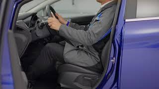 Come regolare il sedile del guidatore e il volante | Ford Italia