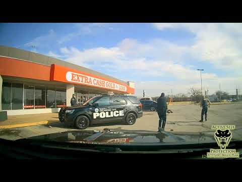 Oklahoma City Officers Respond To Man With A Knife