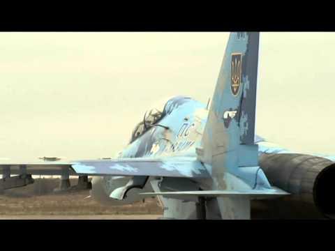 Видео испытательного полета Порошенко на Су-27 в Запорожье